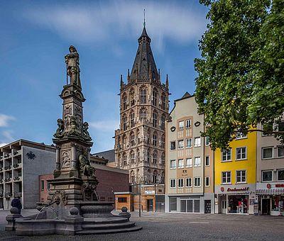Alter Markt in der Kölner Altstadt ©Jens Korte, KölnTourismus GmbH