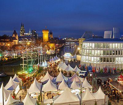Kölner Hafen-Weihnachtsmarkt am Schokoladenmuseum ©KölnTourismus GmbH, Dieter Jacobi