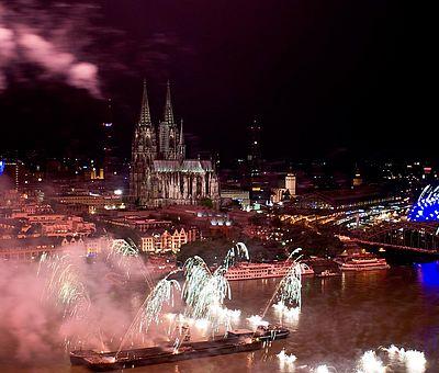 Feuerwerk bei den Kölner Lichtern ©KölnTourismus GmbH
