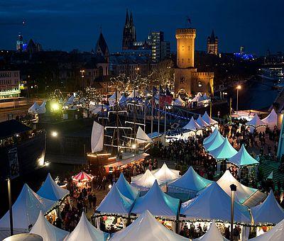 Kölner Hafen-Weihnachtsmarkt am Schokoladenmuseum ©www.hafen-weihnachtsmarkt.de