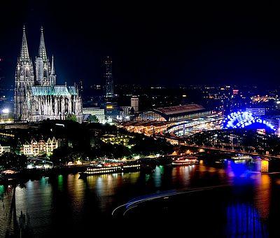 Kölner Dom bei Nacht ©KölnTourismus GmbH, Udo Haake
